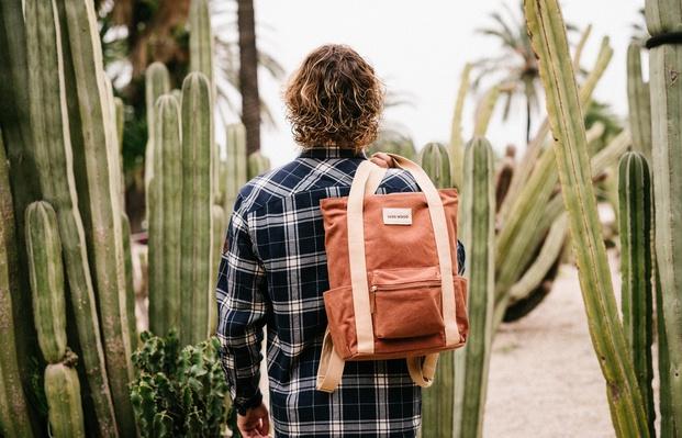 mochila de diseño marrón cactus - diariodesign
