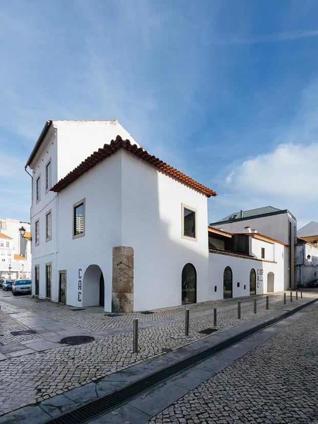 fábrica cerámica coimbra exterior fachada diariodesign