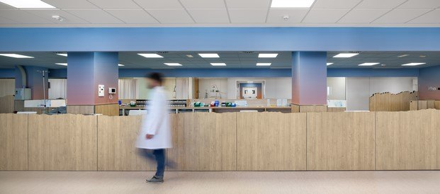 diseño interior hospital oncología manresa diariodesign