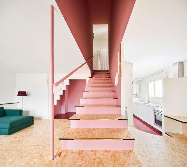 escalera piso en olot unparelld'arquitectes diariodesign