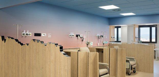 madera forma de Montserrat en el hospital de oncología de manresa rai pinto diariodesign