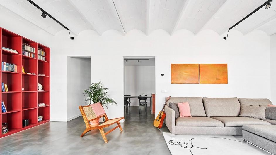 piso color en eixample barcelona