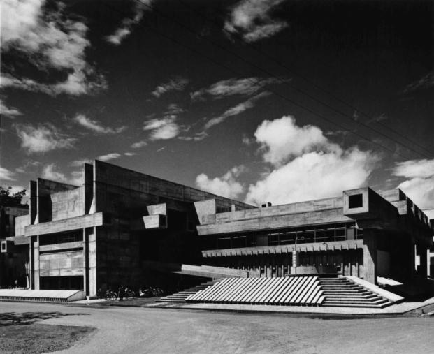 the pritzker architecture prize 2019 arata isozaki diariodesign oita prefextural library