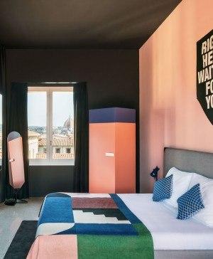 habitación estilo memphis the student hotel florencia diariodesign