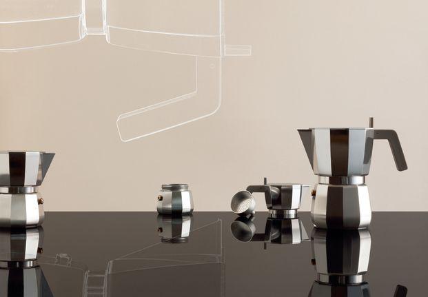 Cafetera Moka de David Chipperfield para Alessi imagen ambientada