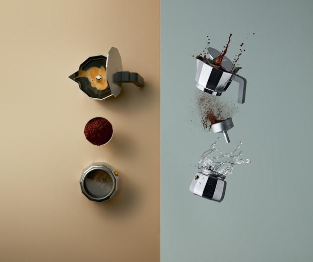 Cafetera Moka de David Chipperfield para Alessi imagen cafetera volando