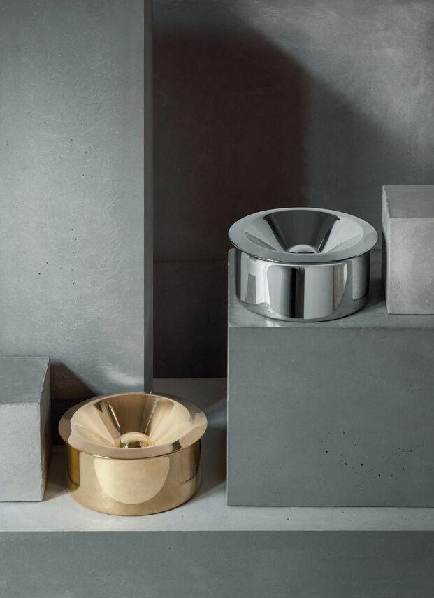Ceniceros estilo Bauhaus Alessi