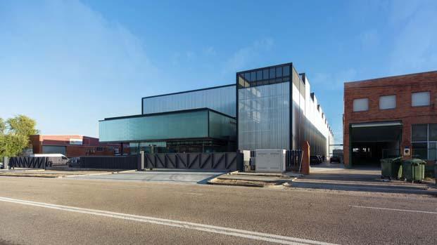edificio industrial cortes metalúrgicos oviedo diariodesign