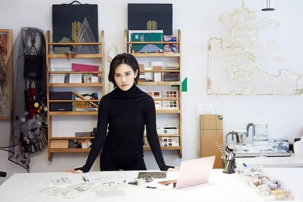 Artista de Shanghai, Juju Wang. Swarovski Awards.