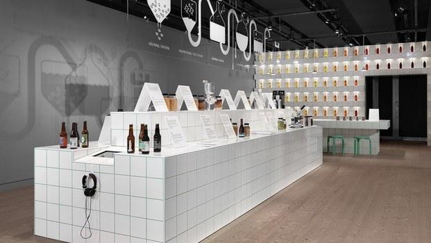 Exposición laboratorio cerveza From us With Love en Estocolmo Spiritmuseum