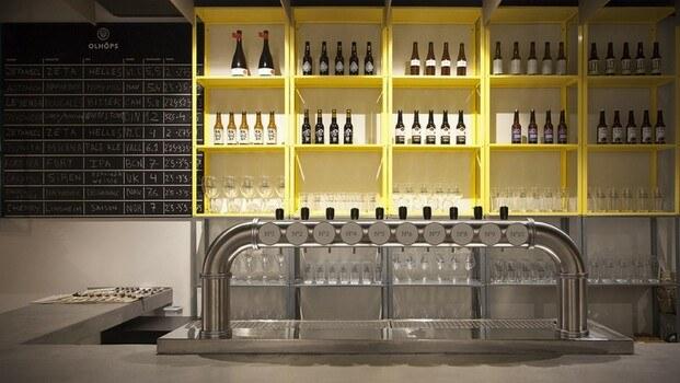 Cervecería y tienda de cerveza artesana Olhöps en Valencia