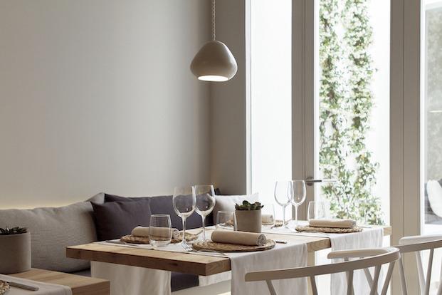 Mesa rectangular restaurante Pinzell diariodesign.