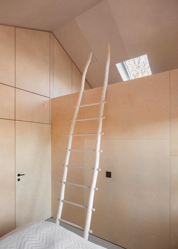 escalera de madera diariodesign