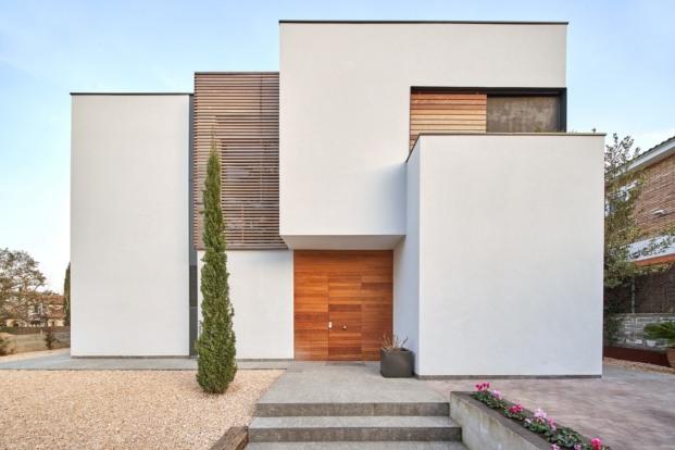 Equilibrio contemporáneo en una vivienda unifamiliar.
