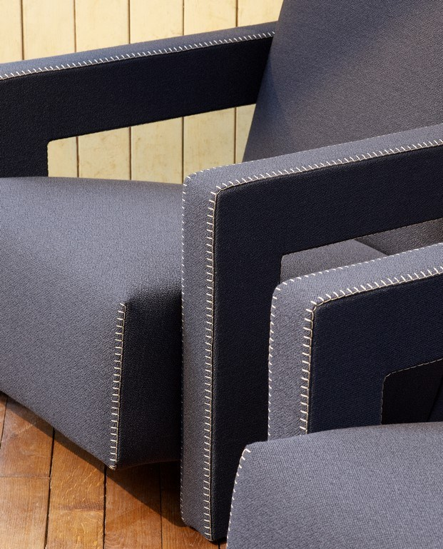 mueble tapizado utrecht kvadrat con textil diseño de raf simons