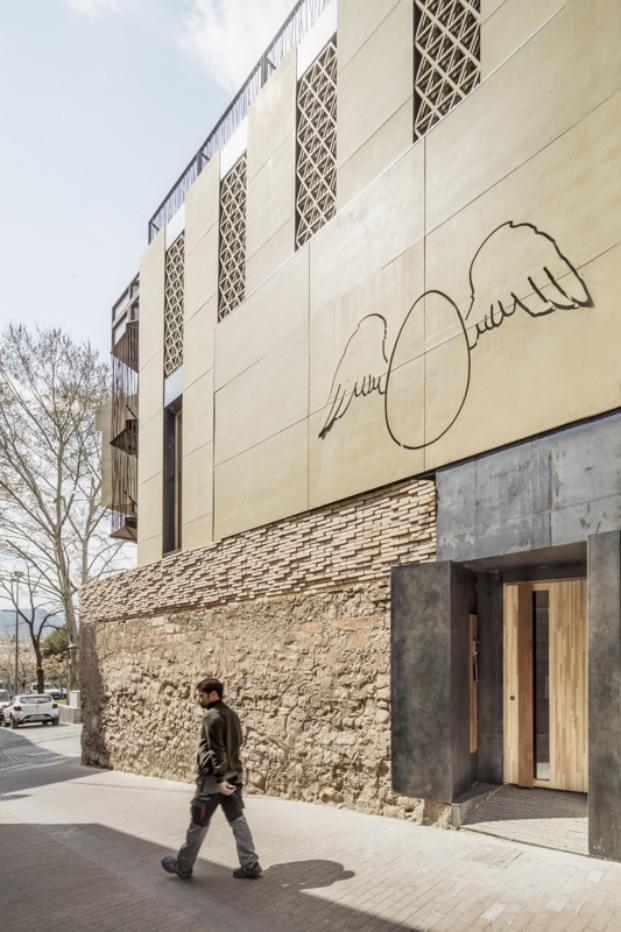 hotel somiatruites xavier andres adria goula diariodesign fachada
