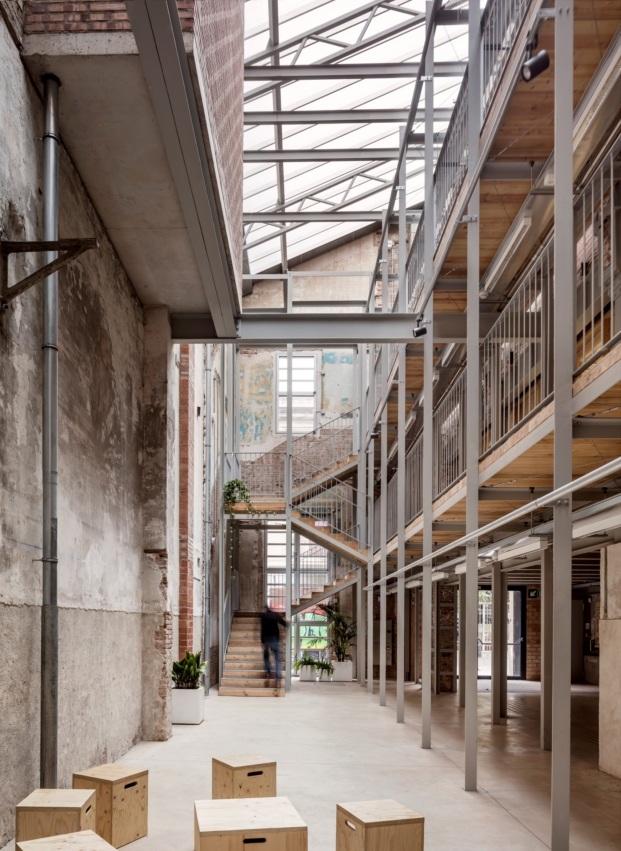 lleialtat santsenca h arquitectes adria goula diariodesign vaciado interior