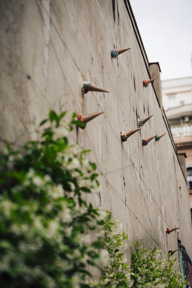 mutazioni helado cerámica en el instituto italiano de cultura de barcelona diariodesign