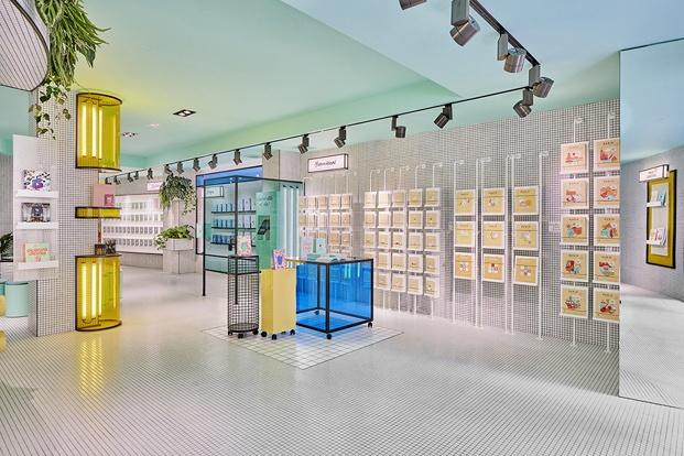 colores neón flagship store cuadernos rubio valencia diariodesign