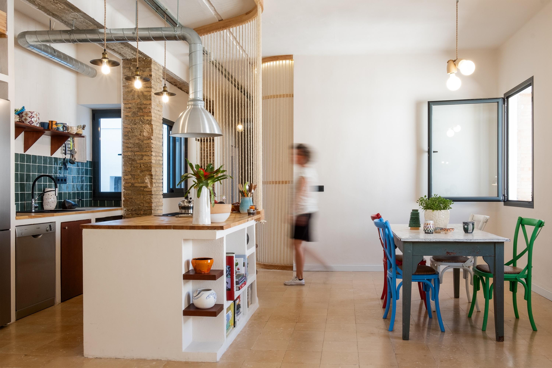 CASA GOMO Gyra Architects. Apartamento en Sevilla.