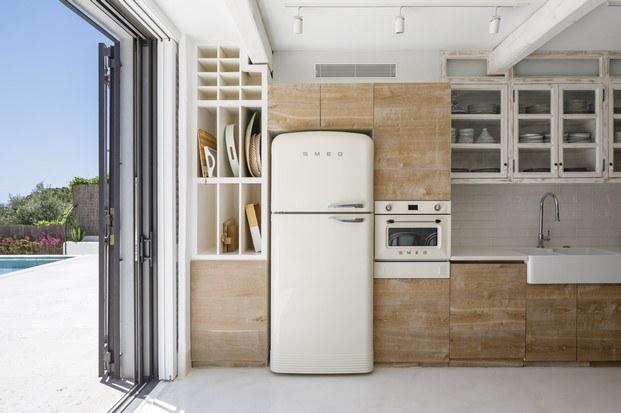 cocina casa blanca en s'agaró diariodesign