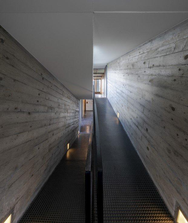detalle construcción pasillos hormigón