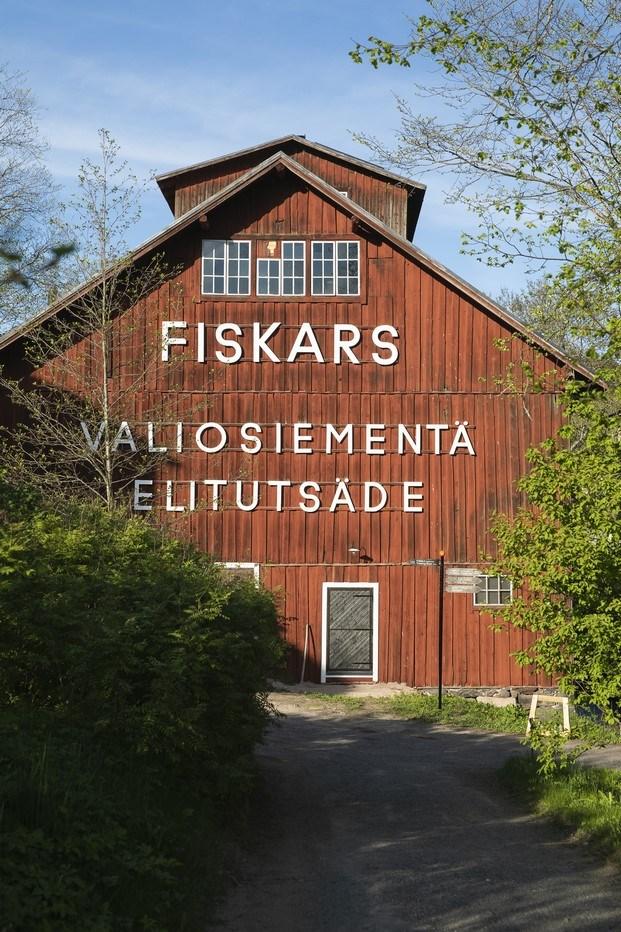 granero rojo fiskars village biennale