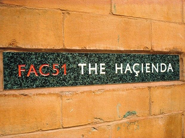 letrero the haçienda manchester diariodesign