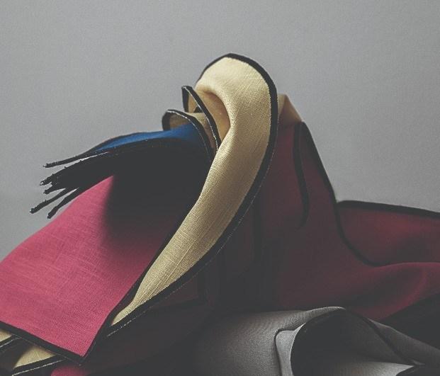 mantel bauhaus guillermo mora doblado amarillo rojo azul