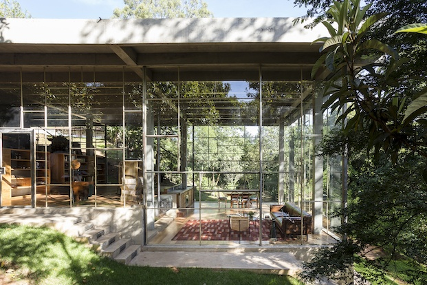 Diez casas de cristal