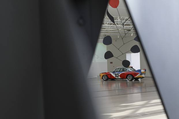Móviles de Alexander Calder en el Centro Botín de Santander