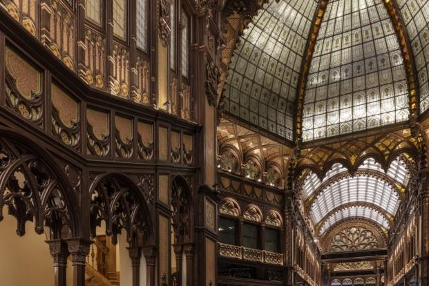 paris court budapest kroki archikon tamas bujnovsky diariodesign detalles