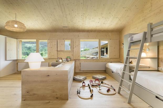 Casa en La Cerdanya. Habitación niños de madera
