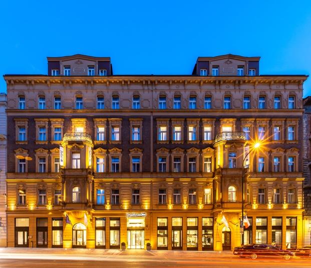 Edificio siglo XIX hotel modernista