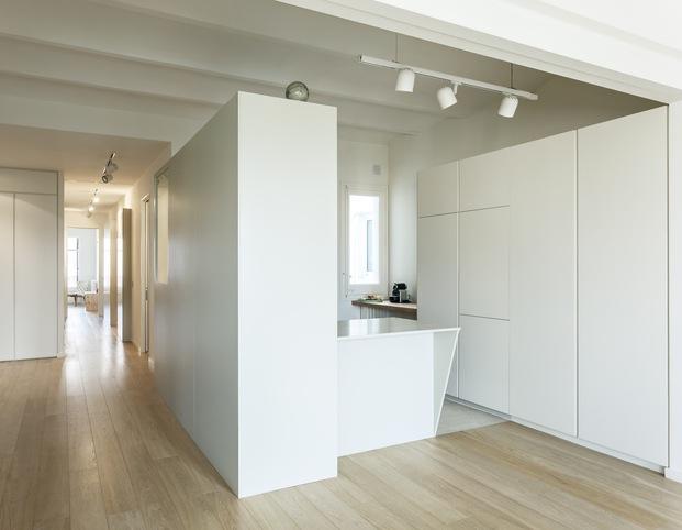 Vivienda estilo nórdico y minimalista. Interiorstas Acabadomate. Cocina