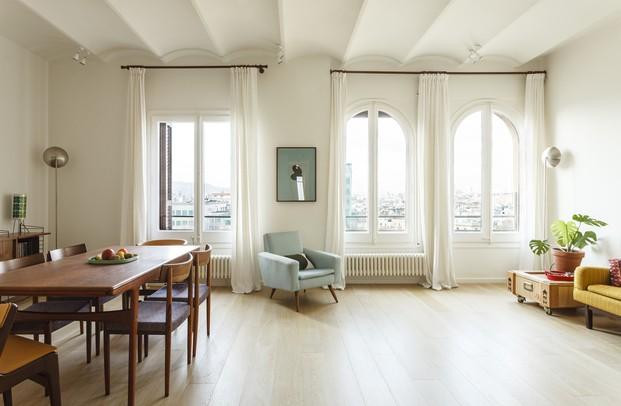 Vivienda estilo nórdico y minimalista. Interiorstas Acabadomate. Salón comedor