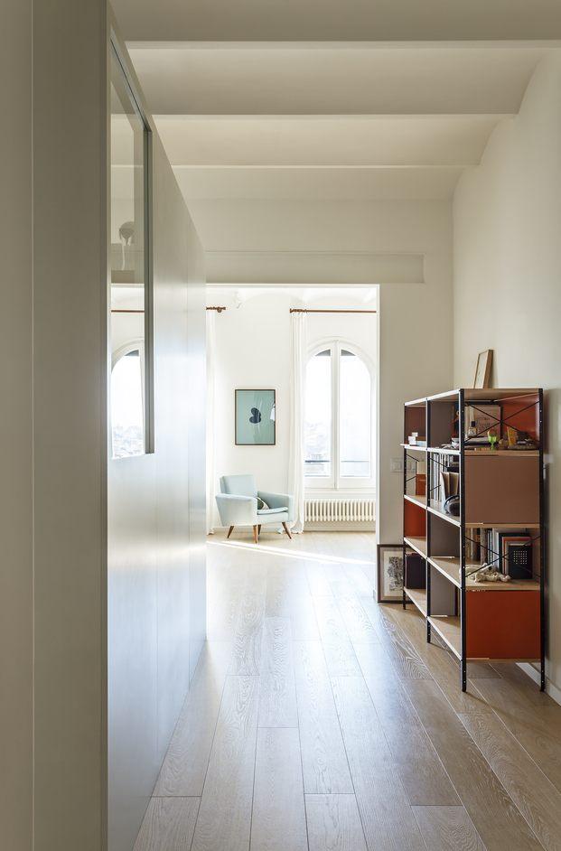 Vivienda estilo nórdico y minimalista. Interiorstas Acabadomate. Pasillo