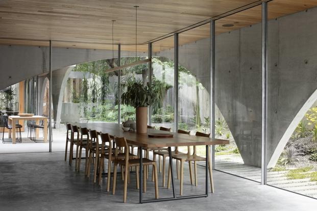 comedor casa santuario en australia