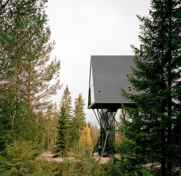 cabañas en el bosque inspiradas en logias americanas y los Moomin