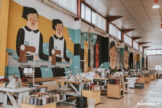 Mural de Agostino Iacurci en las instalaciones de Sancal