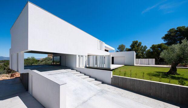Casa Simpática. Vivienda modular en forma de cubos