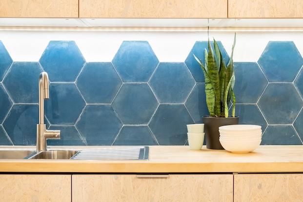 azulejos color azul vivienda flexible