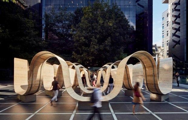 instalación Please be seated de Paul Cocksedge en London Design Festival