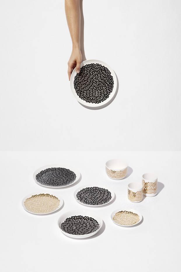 platos colección nest monoprix patrón estampado blanco y negro