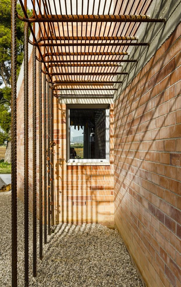 Jesús Perales. Proyecto Casa Almudena en Tarragona. jardín exterior