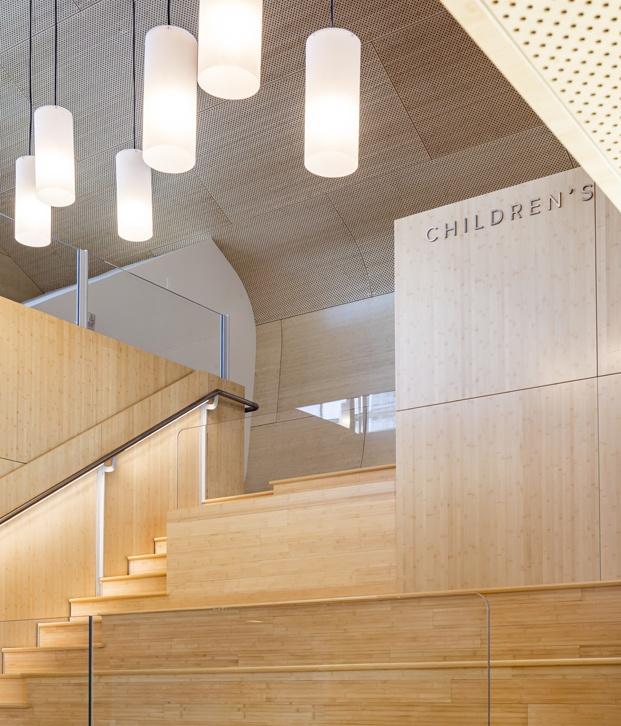 Biblioteca pública de Queens Hunters Point Library. Interior bambú