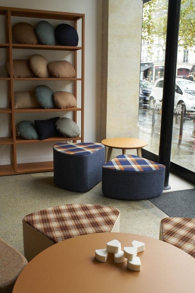 pouf ondarreta muebles tapizados harris tweed