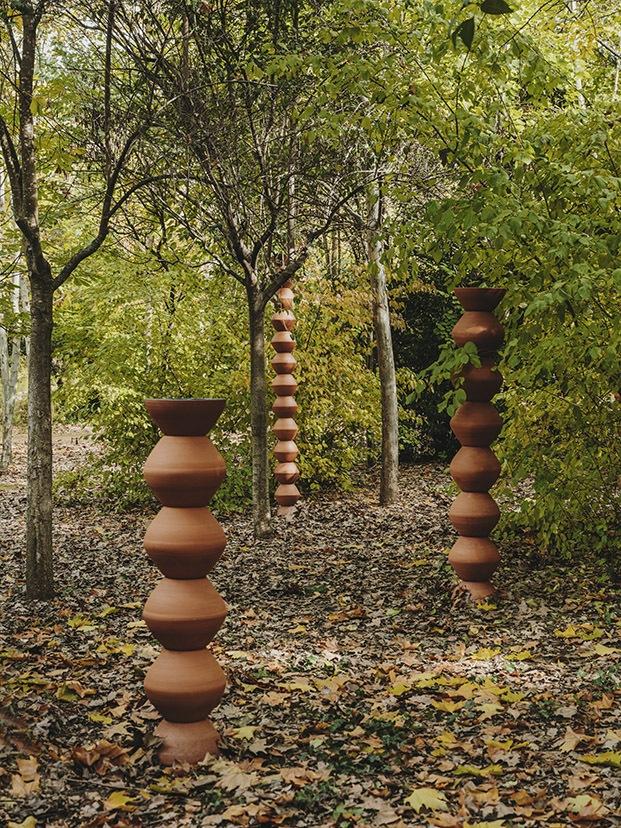 andreu carulla presenta su obra el bosque de la mano de cervezas alhambra