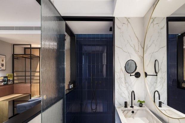 interiorismo azul kimpton vividora hotel barcelona