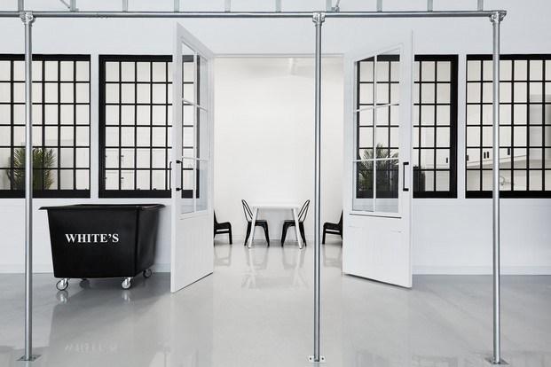 IVY Studio proyecto tintorería Canadá Les Nettoyeurs White's